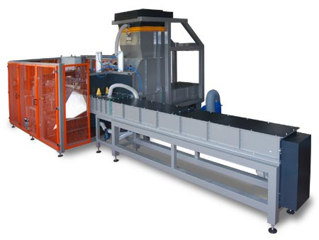 Horizontal high volume packaging machine with pressing LZ330